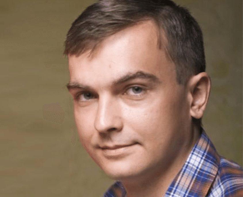 Олег Петрів